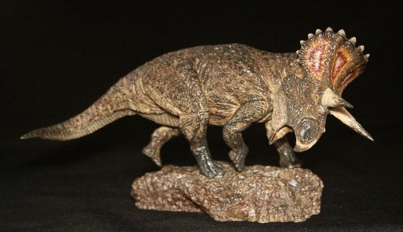 figura turanoceratops